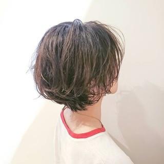 パーマ ナチュラル アンニュイほつれヘア ショート ヘアスタイルや髪型の写真・画像 ヘアスタイルや髪型の写真・画像