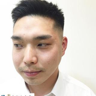 刈り上げ メンズ オフィス ボーイッシュ ヘアスタイルや髪型の写真・画像