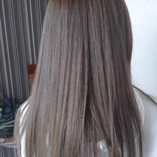 ヘアカラー イルミナカラー ブルーアッシュ ナチュラル ヘアスタイルや髪型の写真・画像