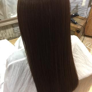 ナチュラル 外国人風 ロング オフィス ヘアスタイルや髪型の写真・画像 ヘアスタイルや髪型の写真・画像