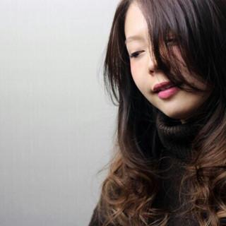 ストリート 外国人風 暗髪 黒髪 ヘアスタイルや髪型の写真・画像