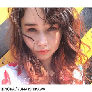 オレンジ ストリート ピンク セミロング ヘアスタイルや髪型の写真・画像