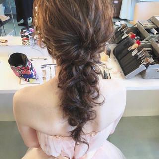 ガーリー ヘアアレンジ アンニュイ ゆるふわ ヘアスタイルや髪型の写真・画像