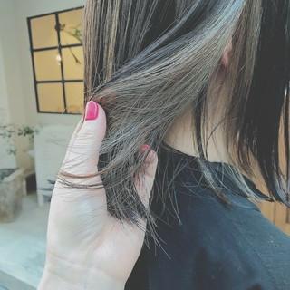 インナーカラー ゆるふわ 大人かわいい ミディアム ヘアスタイルや髪型の写真・画像