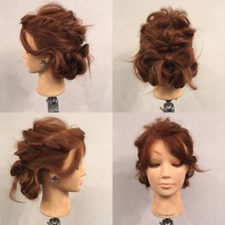 セミロング 編み込み 波ウェーブ パーティ ヘアスタイルや髪型の写真・画像
