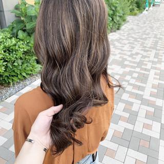 ストリート コントラストハイライト 極細ハイライト 大人ハイライト ヘアスタイルや髪型の写真・画像