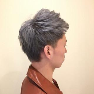 シルバー モテ髪 シルバーアッシュ ストリート ヘアスタイルや髪型の写真・画像