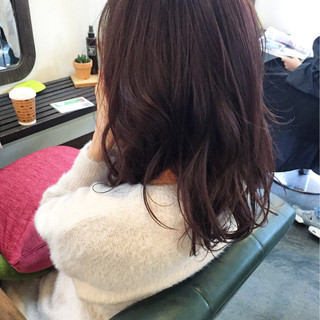 ベリーピンク ラベンダーピンク ピンク ナチュラル ヘアスタイルや髪型の写真・画像