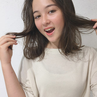 透明感 抜け感 ガーリー 簡単 ヘアスタイルや髪型の写真・画像