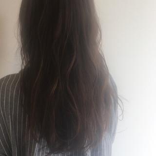 ストレート ナチュラル ベージュ ロング ヘアスタイルや髪型の写真・画像