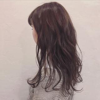 ロング パーマ ダブルカラー ナチュラル ヘアスタイルや髪型の写真・画像 ヘアスタイルや髪型の写真・画像