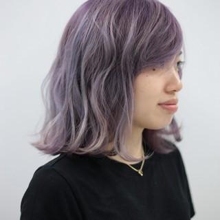 ラベンダーアッシュ ブリーチ グラデーションカラー ダブルカラー ヘアスタイルや髪型の写真・画像