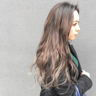 ハイライト 外国人風カラー ミルクティーベージュ グラデーションカラー ヘアスタイルや髪型の写真・画像 ヘアスタイルや髪型の写真・画像