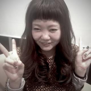 オン眉 前髪パッツン 前髪アレンジ セミロング ヘアスタイルや髪型の写真・画像