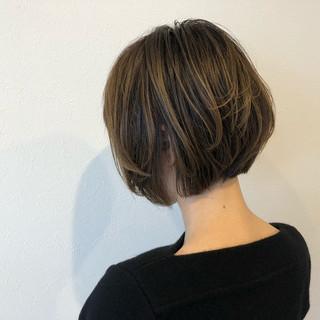 マッシュ ショートボブ グレージュ イルミナカラー ヘアスタイルや髪型の写真・画像