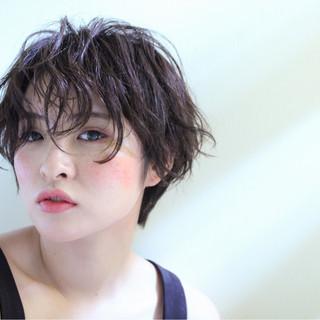 パーマ ウェットヘア ショート モード ヘアスタイルや髪型の写真・画像