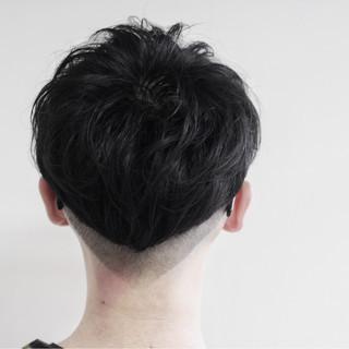 パーマ 個性的 ストリート 刈り上げ ヘアスタイルや髪型の写真・画像