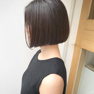 ストレート 切りっぱなし ボブ モード ヘアスタイルや髪型の写真・画像 ヘアスタイルや髪型の写真・画像