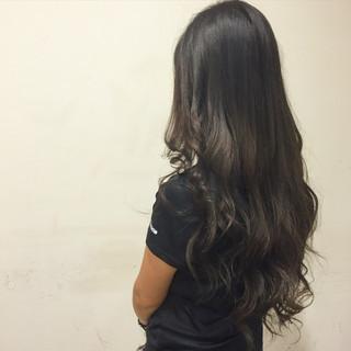 ロング 大人かわいい 外国人風 アッシュ ヘアスタイルや髪型の写真・画像 ヘアスタイルや髪型の写真・画像