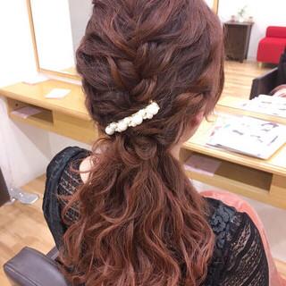 ハーフアップ ヘアアレンジ 編み込み 波ウェーブ ヘアスタイルや髪型の写真・画像