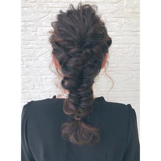 フィッシュボーン ロング ガーリー ヘアアレンジ ヘアスタイルや髪型の写真・画像 ヘアスタイルや髪型の写真・画像