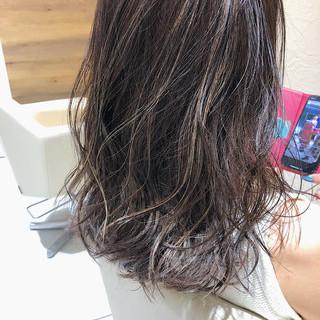 エレガント 髪質改善トリートメント セミロング バレイヤージュ ヘアスタイルや髪型の写真・画像