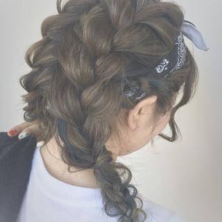 バンダナ 夏 セミロング ショート ヘアスタイルや髪型の写真・画像