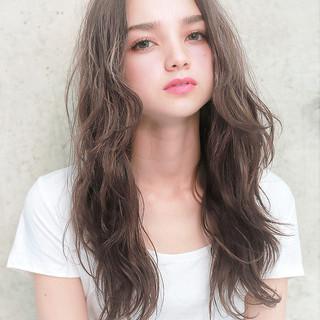 冬 フェミニン ゆるふわ モテ髪 ヘアスタイルや髪型の写真・画像