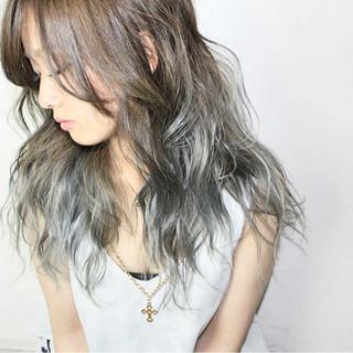 ハイライト ロング アッシュ 渋谷系 ヘアスタイルや髪型の写真・画像
