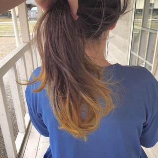 ロング ヘアカラー ブリーチカラー フェミニン ヘアスタイルや髪型の写真・画像