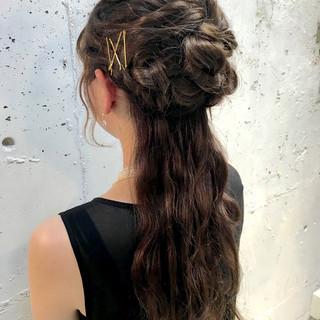 ショート ロング 簡単ヘアアレンジ 大人かわいい ヘアスタイルや髪型の写真・画像 ヘアスタイルや髪型の写真・画像