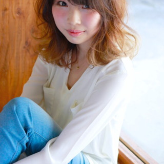 ヘアアレンジ レイヤーカット セミロング ナチュラル ヘアスタイルや髪型の写真・画像