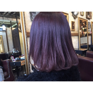 ピンク ボルドー 色気 ストレート ヘアスタイルや髪型の写真・画像