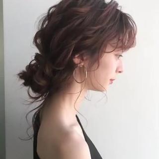大人かわいい 結婚式ヘアアレンジ ナチュラル セミロング ヘアスタイルや髪型の写真・画像
