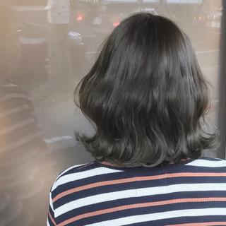 アッシュ グラデーションカラー ナチュラル ヘアアレンジ ヘアスタイルや髪型の写真・画像