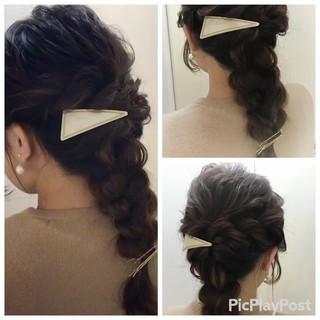 バレッタ 波ウェーブ ロング ヘアアレンジ ヘアスタイルや髪型の写真・画像