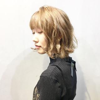 ピンクベージュ ボブ ミニボブ ミルクティーベージュ ヘアスタイルや髪型の写真・画像
