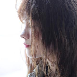 パーマ ミディアム ミルクティー 外国人風 ヘアスタイルや髪型の写真・画像