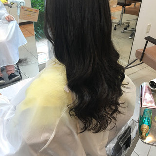 アッシュ 渋谷系 ロング ゆるふわ ヘアスタイルや髪型の写真・画像