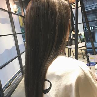 ツヤ髪 ナチュラル ロング ハイライト ヘアスタイルや髪型の写真・画像