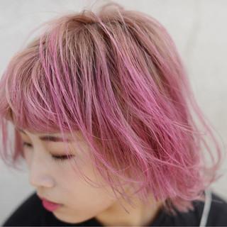 ベリーピンク ミディアム アンニュイ ピンク ヘアスタイルや髪型の写真・画像