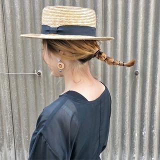 簡単ヘアアレンジ ハイトーン ヘアアレンジ セミロング ヘアスタイルや髪型の写真・画像