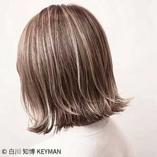冬 ボブ 外ハネ 色気 ヘアスタイルや髪型の写真・画像