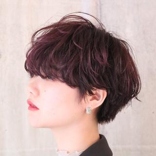 大人かわいい アンニュイほつれヘア マッシュショート ナチュラル ヘアスタイルや髪型の写真・画像 ヘアスタイルや髪型の写真・画像