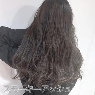ナチュラル 圧倒的透明感 グレージュ 透明感カラー ヘアスタイルや髪型の写真・画像