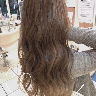 可愛い エレガント 大人ハイライト 極細ハイライト ヘアスタイルや髪型の写真・画像