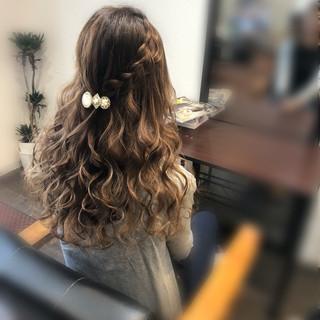 フェミニン ロング 結婚式 ヘアセット ヘアスタイルや髪型の写真・画像