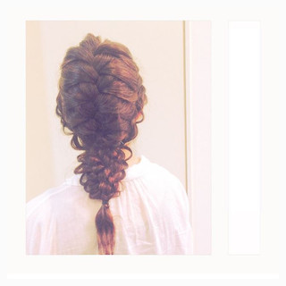女子会 ナチュラル 編み込み 結婚式 ヘアスタイルや髪型の写真・画像