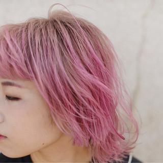 ピンク グラデーションカラー ボブ ストリート ヘアスタイルや髪型の写真・画像