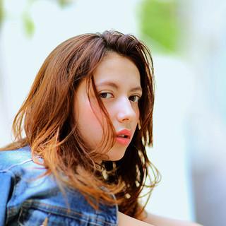 フェミニン グラデーションカラー ゆるふわ ナチュラル ヘアスタイルや髪型の写真・画像